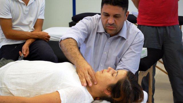 Terapia manual na ATM na reabilitação vestibular com Hermínio Gonçalves