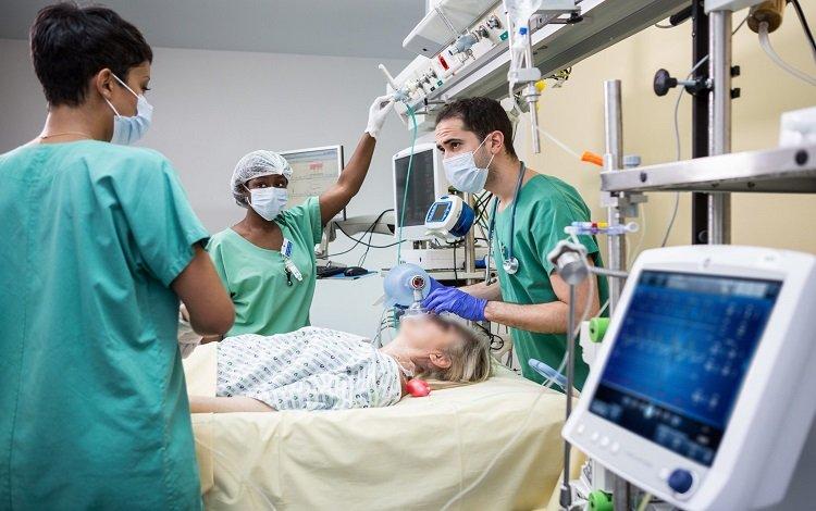 Carro de Emergência: o essencial para a atuação do enfermeiro