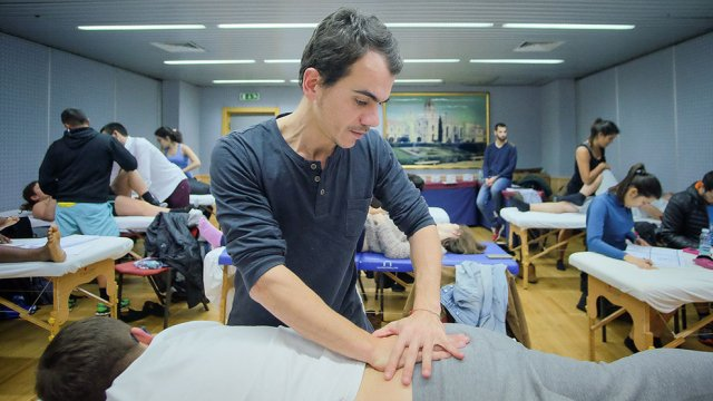 Técnicas Osteopáticas para coluna vertebral - diagnóstico avançado em terapia manual