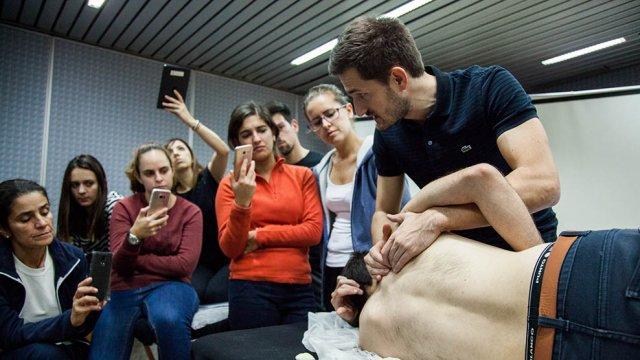 formação fisioterapia no ombro