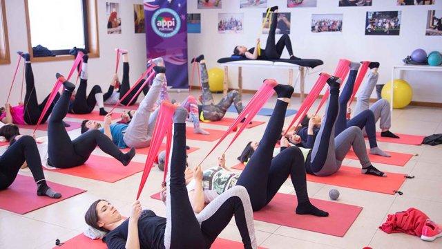 Exercício de força de Pilates Clínico MW3 - certificação matwork appi - ativação do transverso