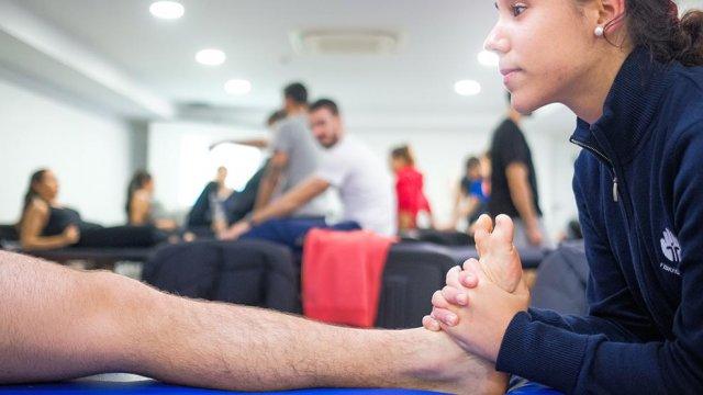 manipulação vertebral joelho