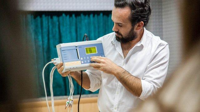 Curso ECG (eletrocardiografia) para enfermeiros com filipe franco